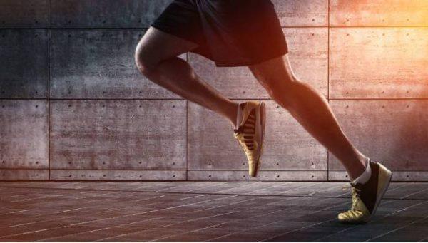 Hoe hard kun je hardlopen met je vermogen?