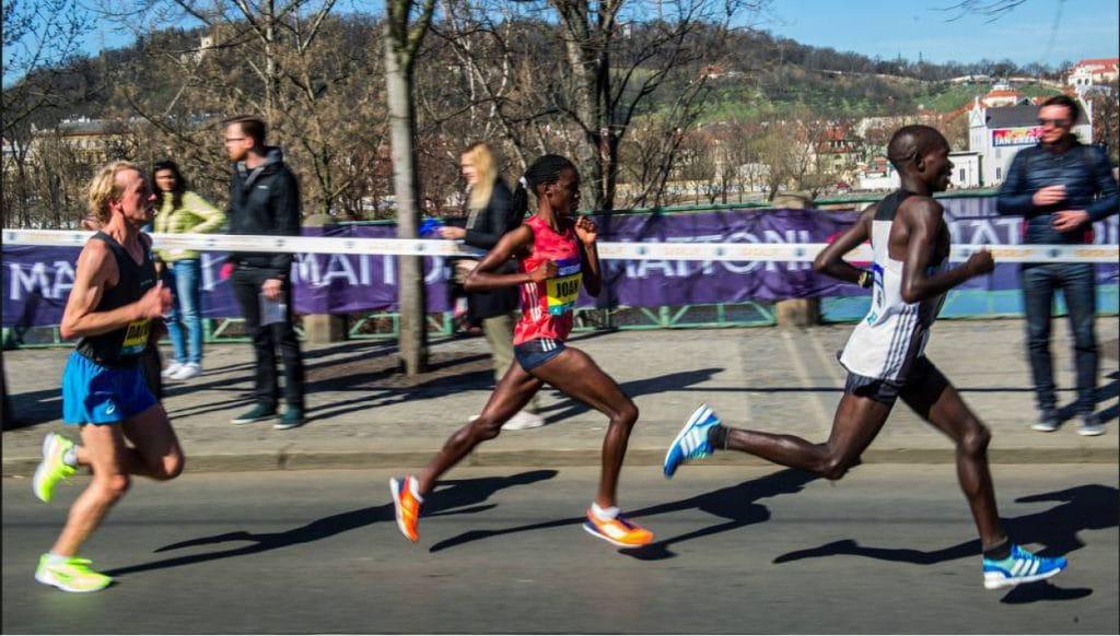 RunCzech maakt topveld bekend voor Sportisimo Praag Halve Marathon