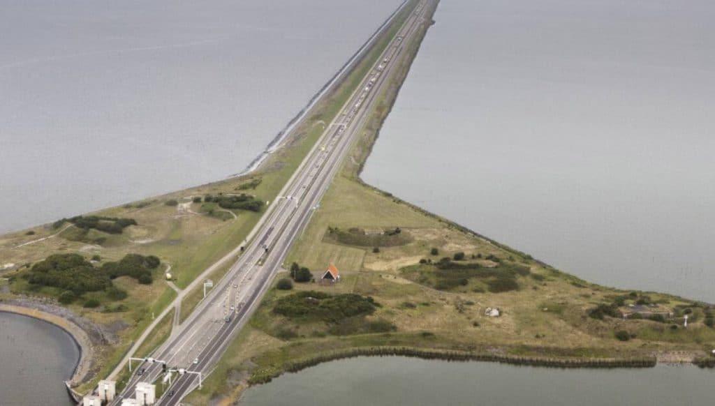 Marathon onder de 2 uur op de Afsluitdijk?