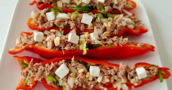 Karen's Kitchen: Gevulde puntpaprika's met tonijn