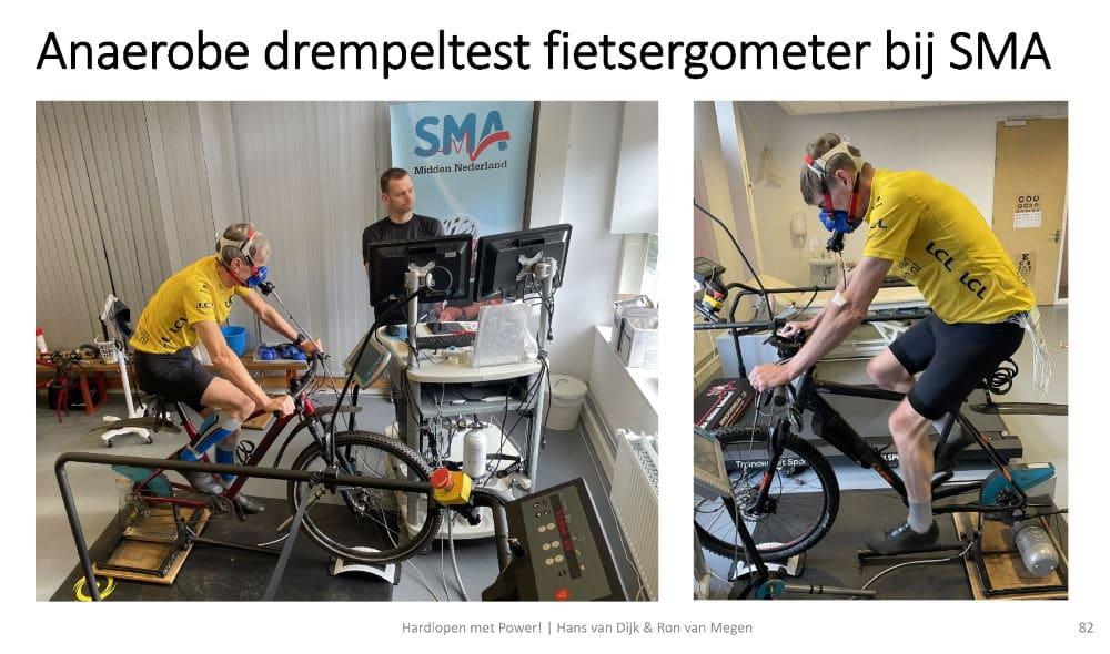 Hans (links) en Ron tijdens hun inspanningstest op hun MTB's met continue ECG-controle en ademgasanalyse bij sportarts Guido Vroemen van SMA Midden Nederland
