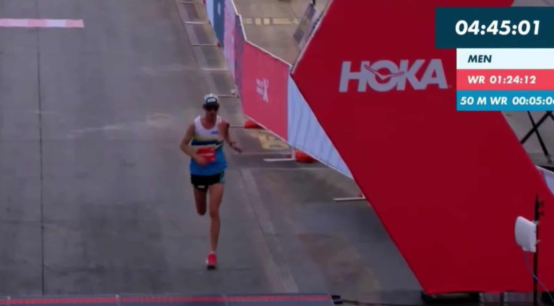 100 kilometer hardlopen en dan 11 seconden tekort komen