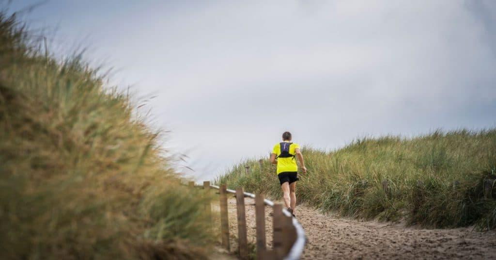 De simpelste remedie tegen burn-outs en studiestress? Ga hardlopen